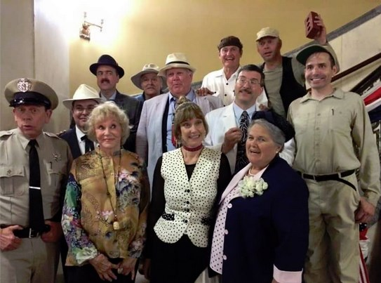 LOOK HERE! NO, OVER HERE!  NO, HERE!--Eyes don't how this photo is going to turn out. In any case, Maggie Peterson and Karen Knotts are front and center with a platoon of Mayberry tribute artists at Mayberry in the Midwest.